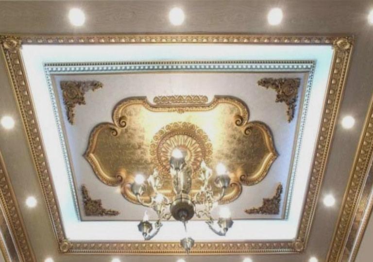 نورپردازی سقف به همراه گچ بری