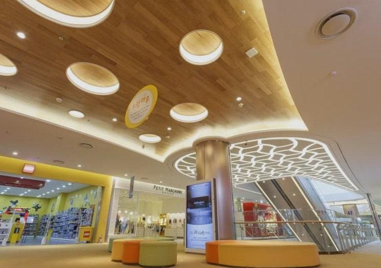 نورپردازی ساختمان تجاری