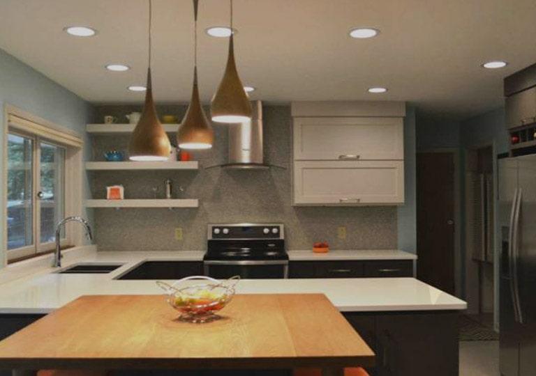 استفاده از چراغ آویز در نورپردازی سقف